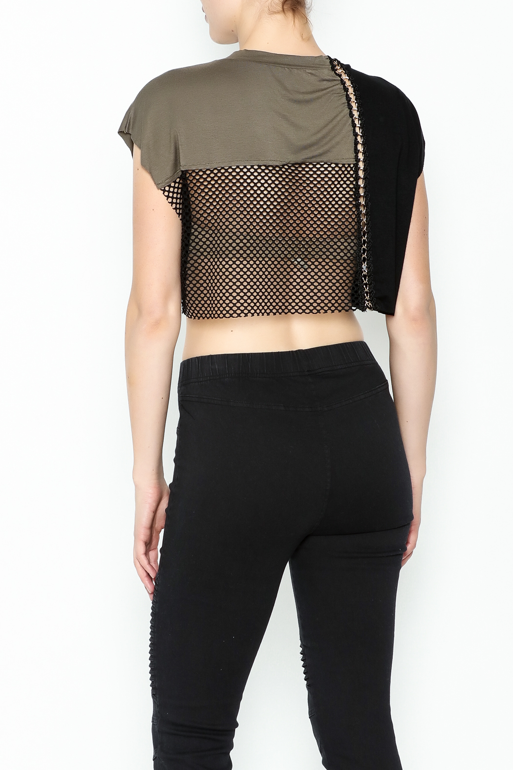 NUDE Chain Top - Back Cropped Image
