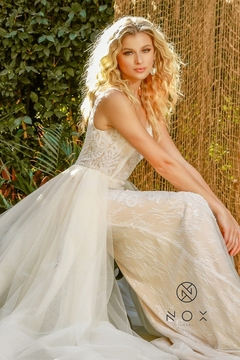 NOX A N A B E L Nude & White Beaded Bridal Gown With Organza Train - Alternate List Image