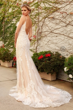 NOX A N A B E L Nude & White Lace Fit & Flare Bridal Gown - Alternate List Image