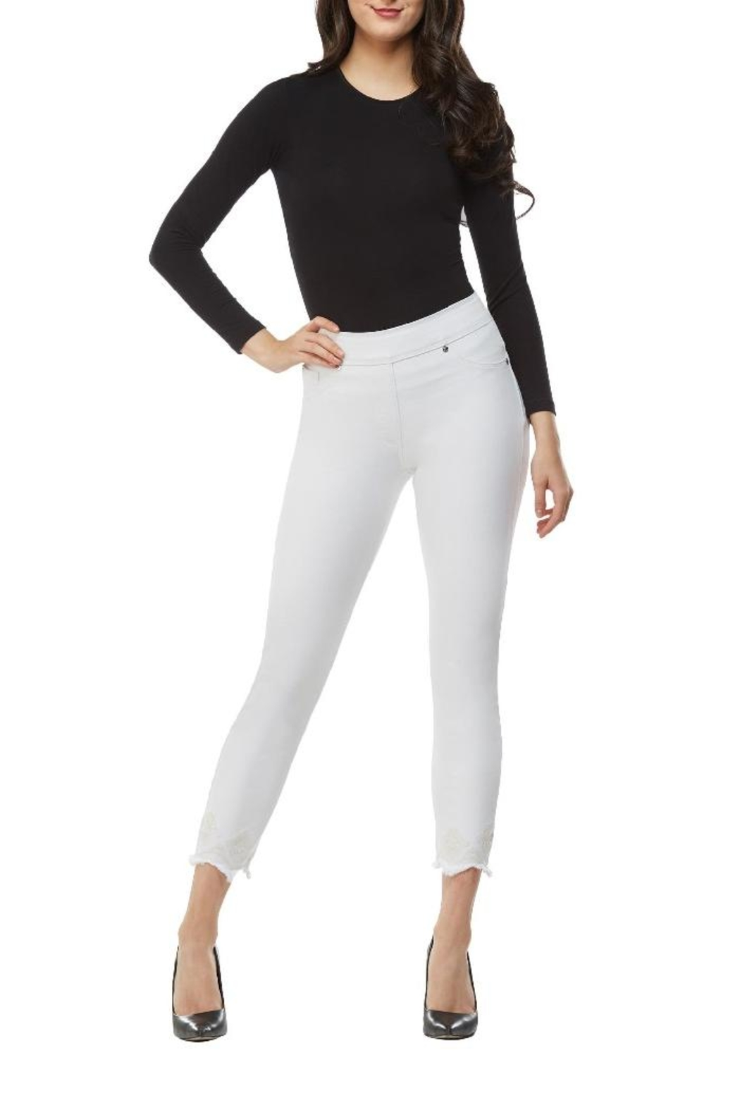 Nygard Frayed Crop Jeans - Side Cropped Image