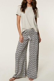 O'Neill Patterned Summer Pants - Front cropped