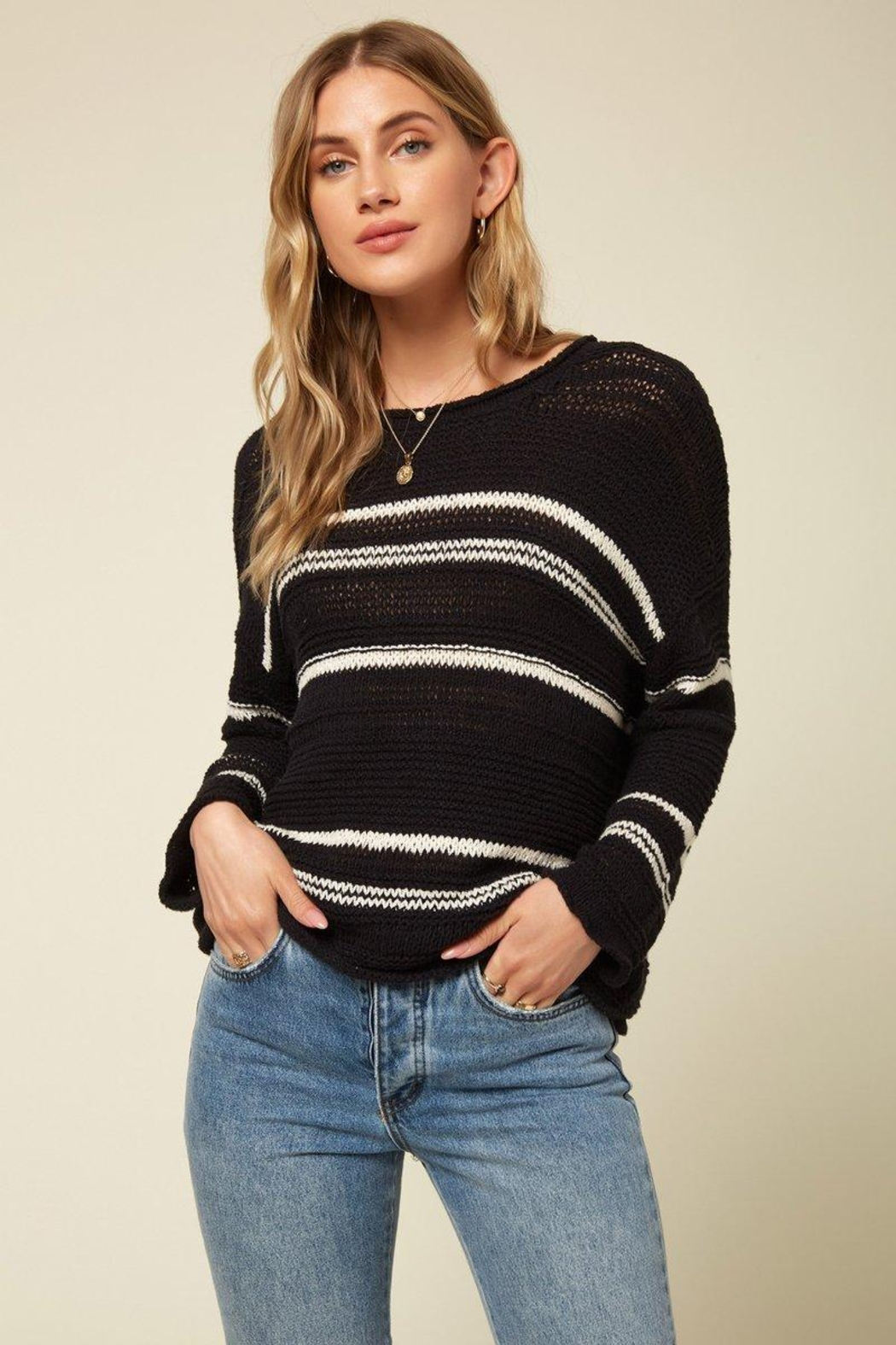O'Neill Shores Solid Pullover - Front Cropped Image