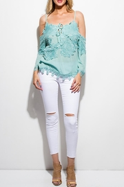 OC Avenue White Denim Jeans - Front cropped