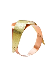 Chick Boss Ocean Swell Bracelet - Front cropped