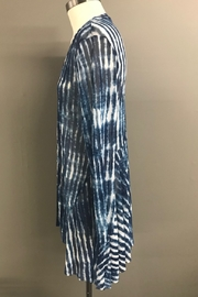 Michael Tyler Collections Ocean Waves Top - Front full body