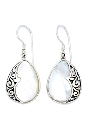 Oceania Maui Shell Droplet Earrings - Front cropped