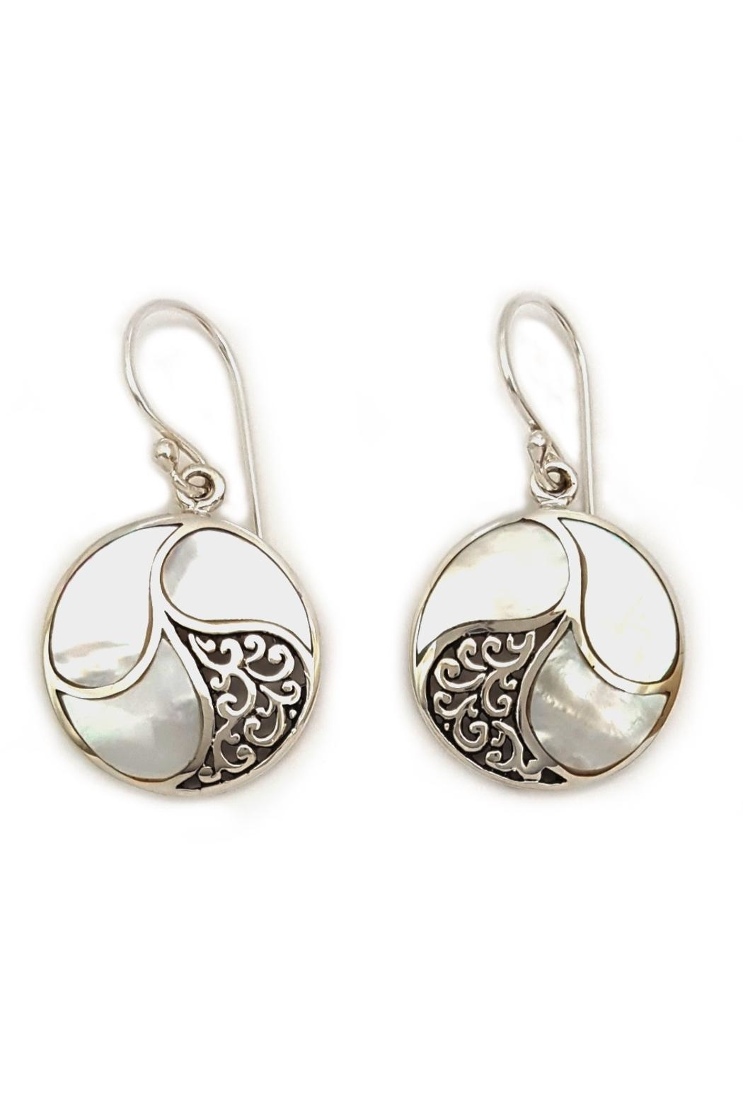 Oceania Maui White Shell Earrings - Front Cropped Image