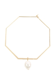 Riah Fashion Octagon-Hoop-Earrings With Teardrop-Pearl - Front cropped