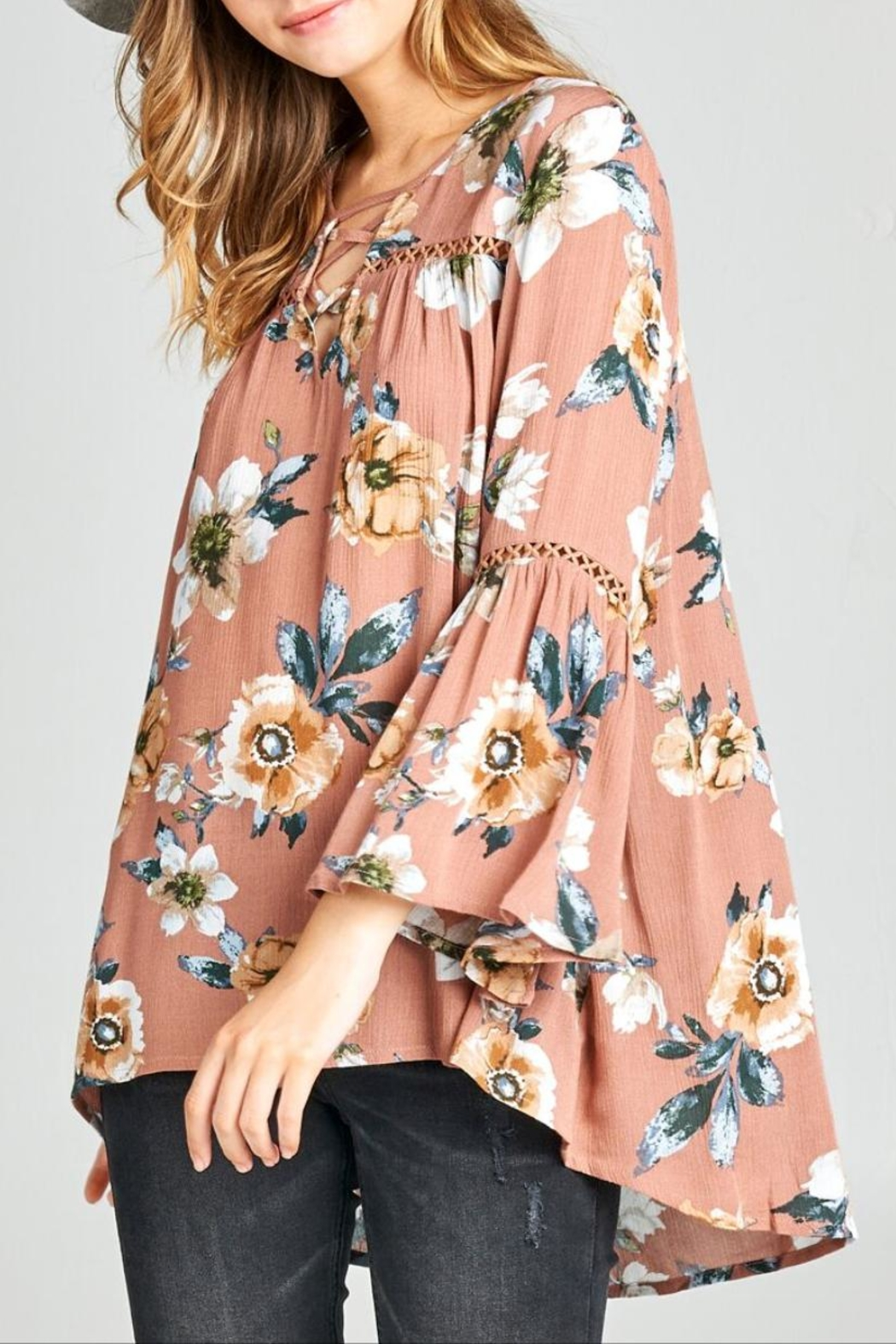 Oddi Boho Floral Top - Back Cropped Image