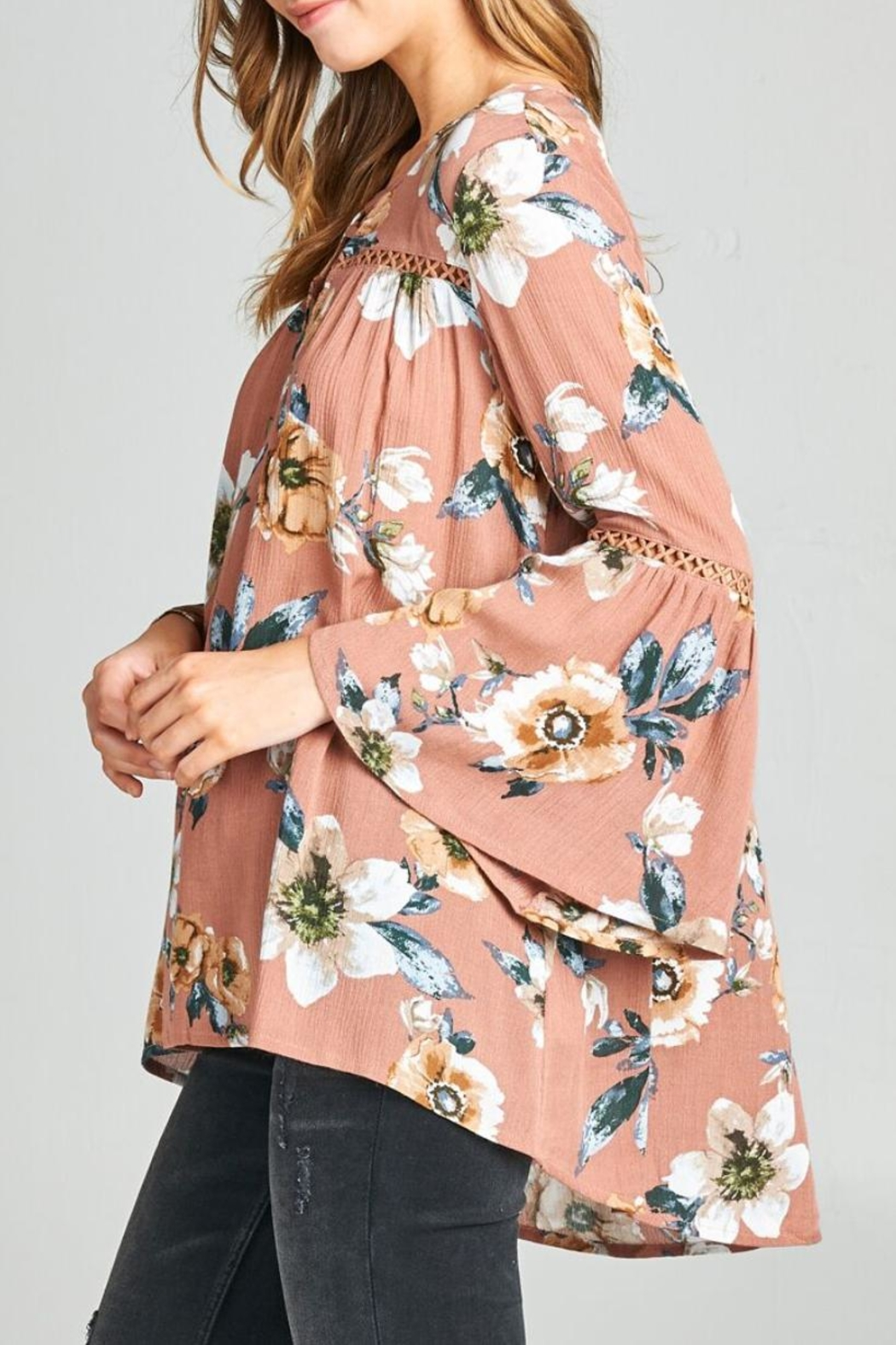 Oddi Boho Floral Top - Side Cropped Image
