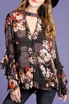 Oddi Floral Keyhold Top - Product List Image