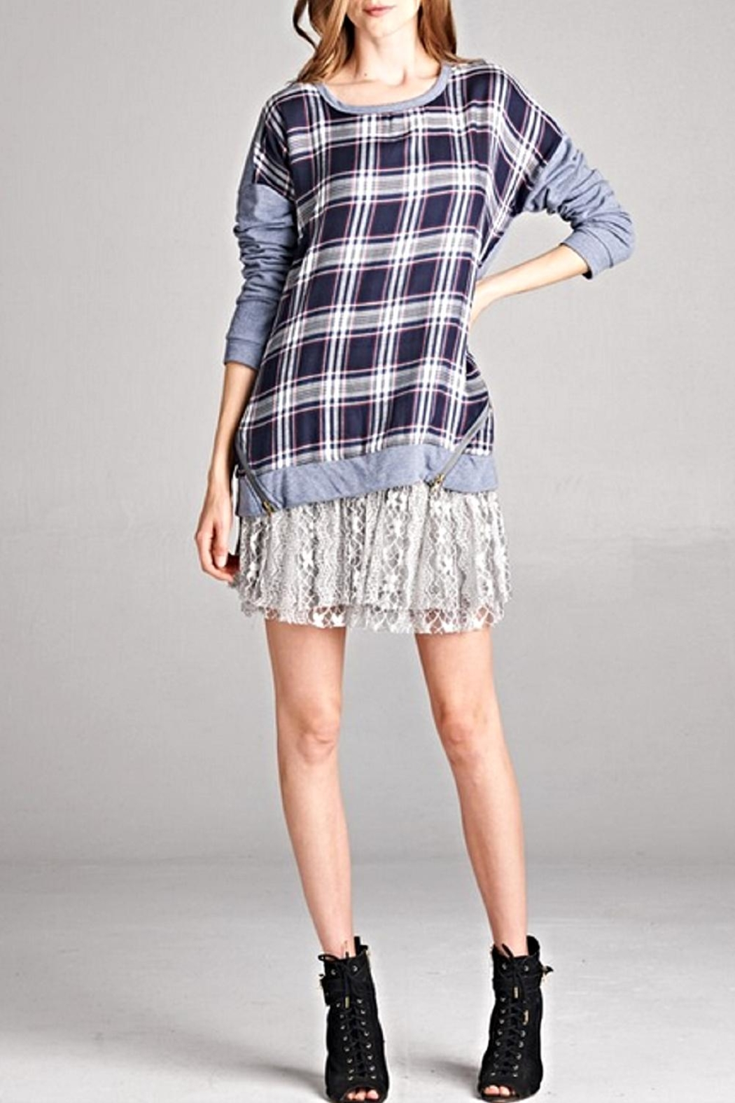 Oddi Plaid Pullover Top - Front Cropped Image