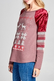 Oddi Reindeer Raglan Top - Front full body
