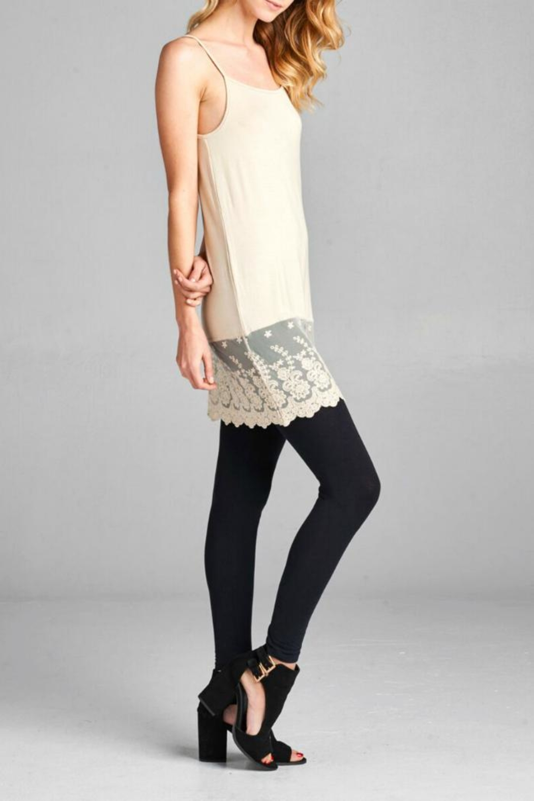 Oddi Scalloped Lace Cami Extender - Side Cropped Image