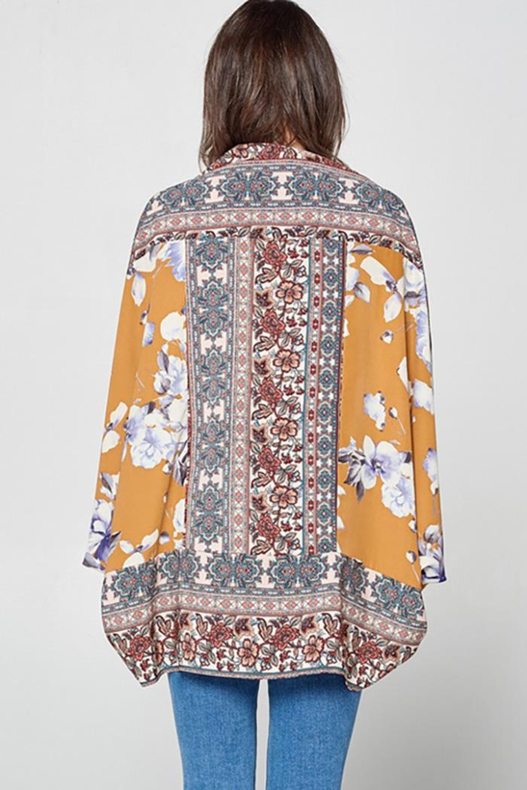 Oddy Floral Scarf Printed Woven Kimono - Front Full Image