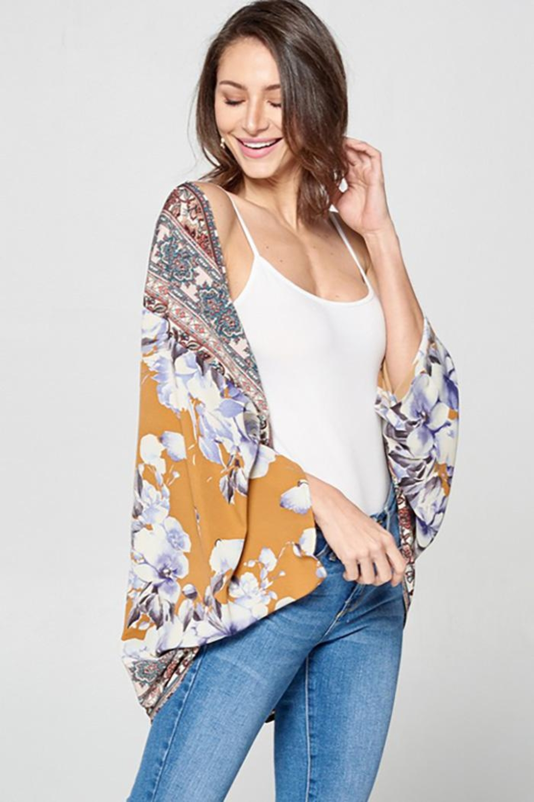 Oddy Floral Scarf Printed Woven Kimono - Side Cropped Image