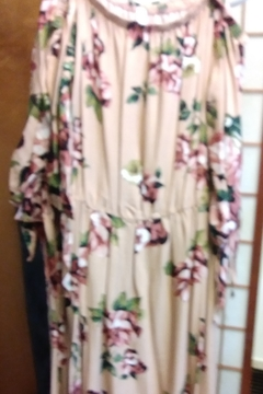 New Mode Off Shoulder Floral Maxi Dress - Alternate List Image