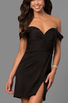 Faviana Off-the-Shoulder Classic Dress - Alternate List Image