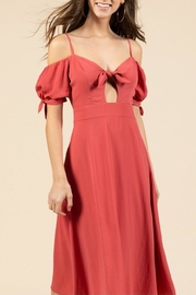 essue Off-The-Shoulder Midi Dress - Front full body
