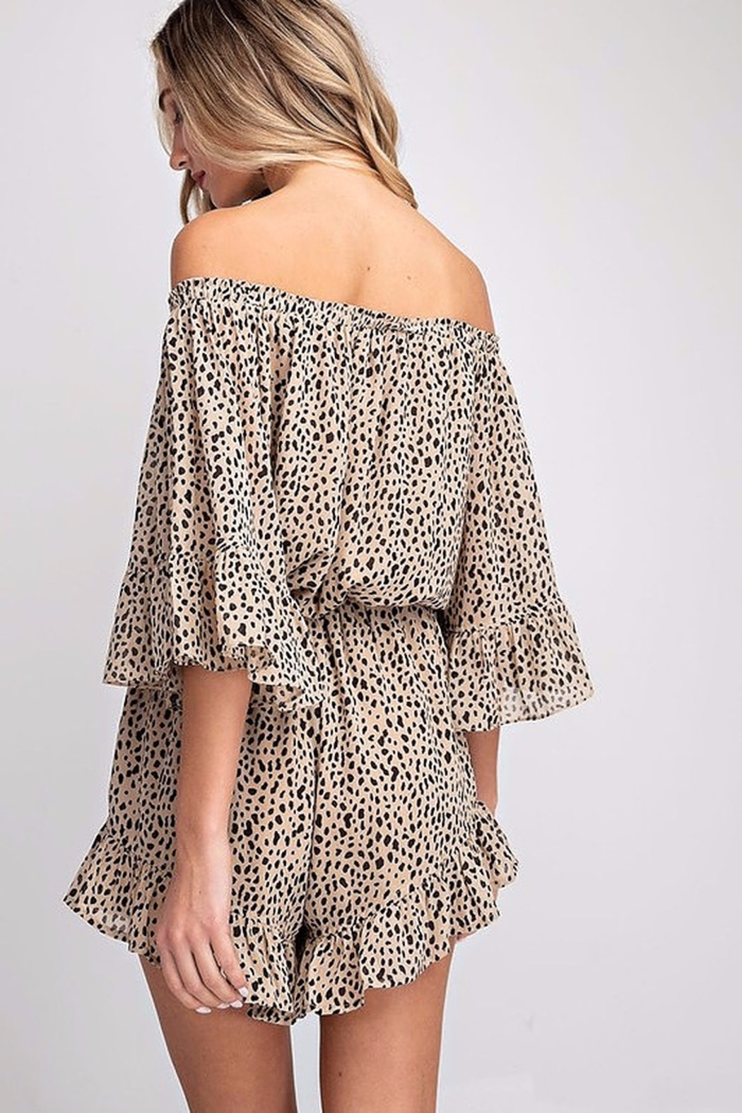 eesome Off The Shoulder Romper - Side Cropped Image