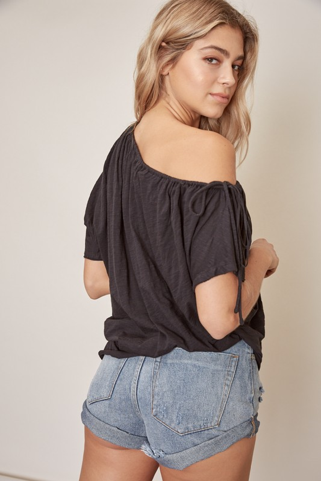 Mustard Seed One Shoulder Cotton Top - Side Cropped Image