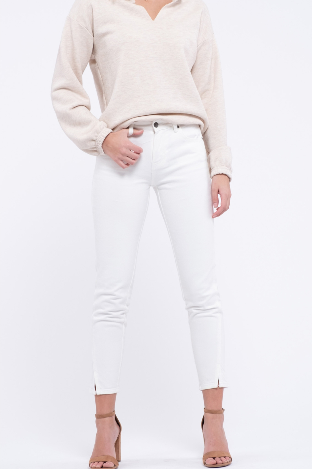EVIDNT Off-White Cotton Low Rise Twisted Side Seam Skinny Jeans - Front Full Image