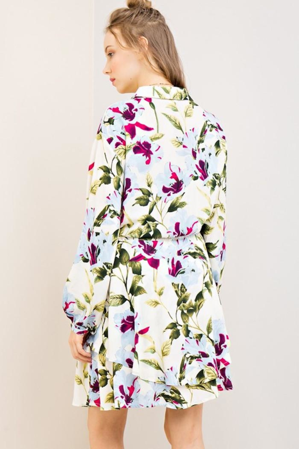 Compendium Off-White Floral Shirtdress - Side Cropped Image
