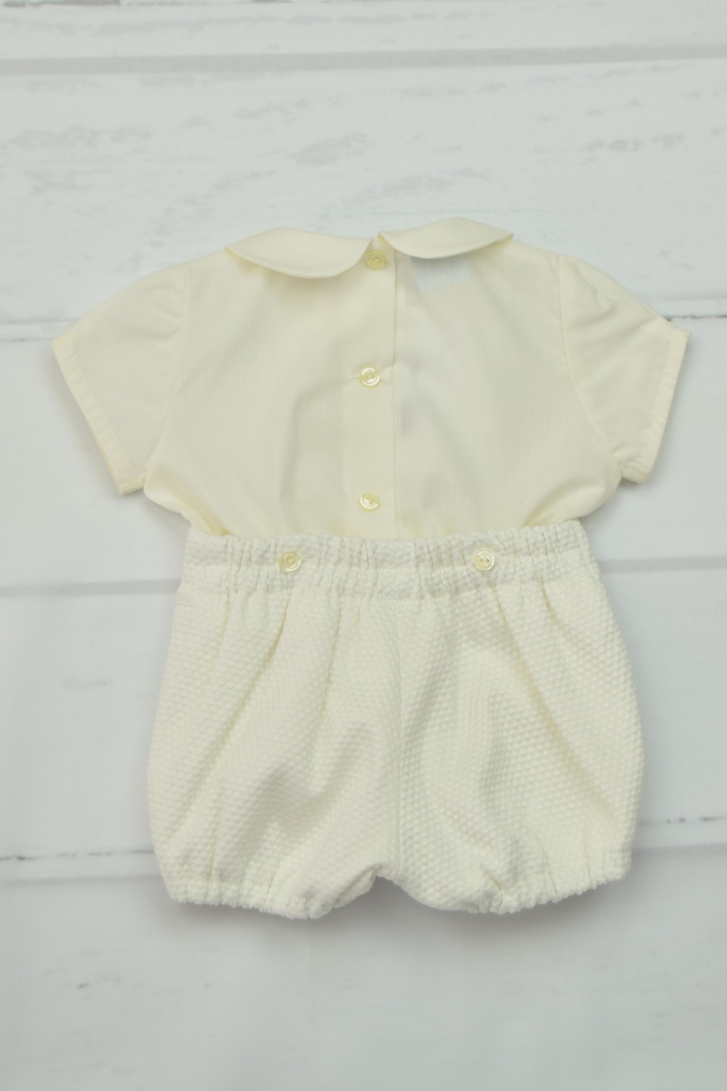 Granlei 1980 Off White Outfit - Front Full Image