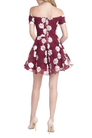 Ricarica Offshoulder Embroiderydress - Front full body