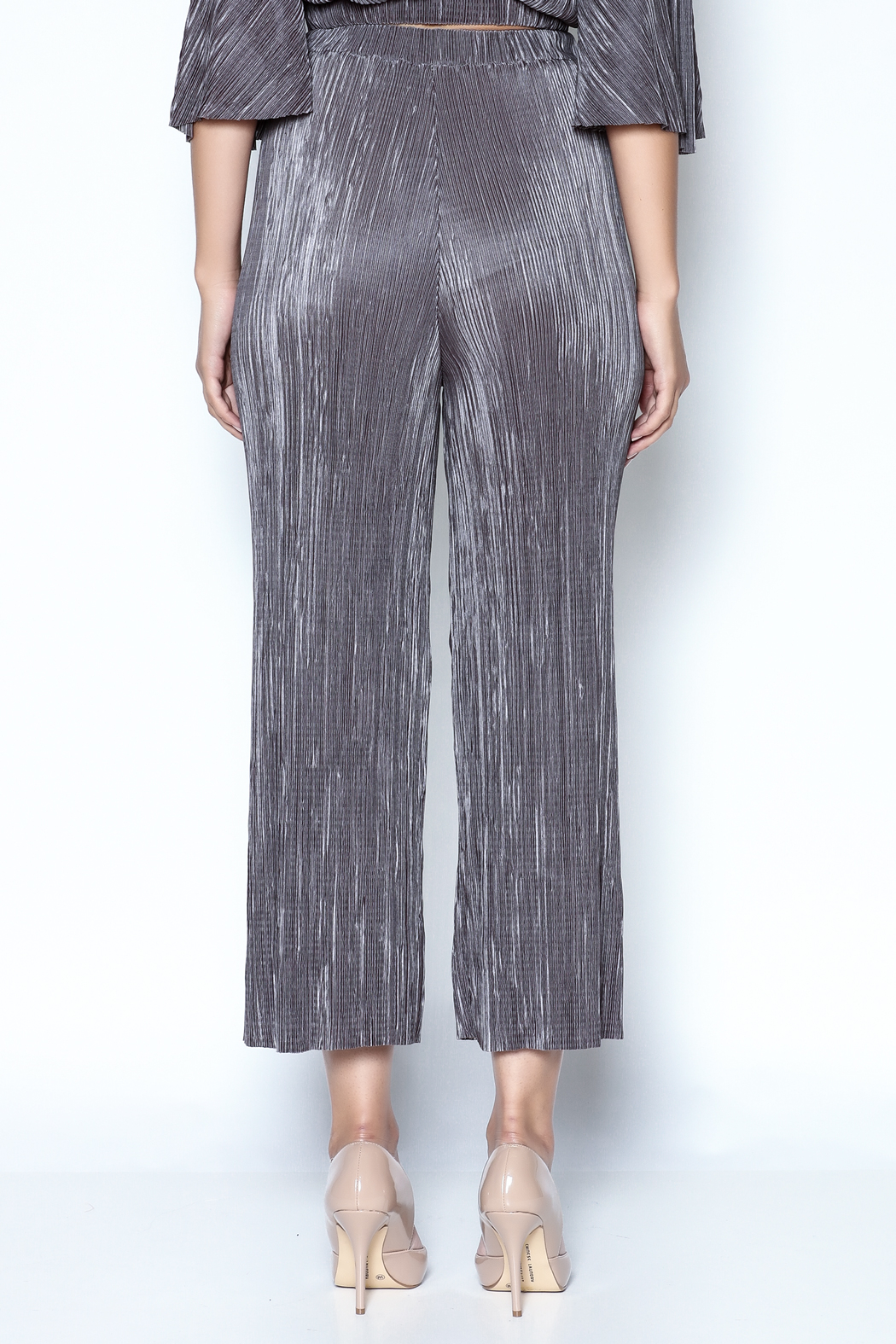 OH MY LOVE Tulbaghia Pleat Culottes - Back Cropped Image