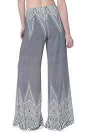 OHLENDORF atelier Graphic Palazzo Pant - Side cropped