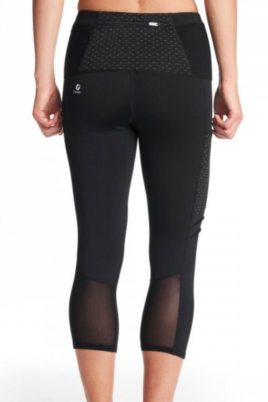 Oiselle Pocket Jogger Capris - Side Cropped Image