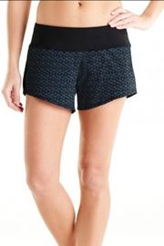 Oiselle Toolbelt Roga Shorts - Product Mini Image