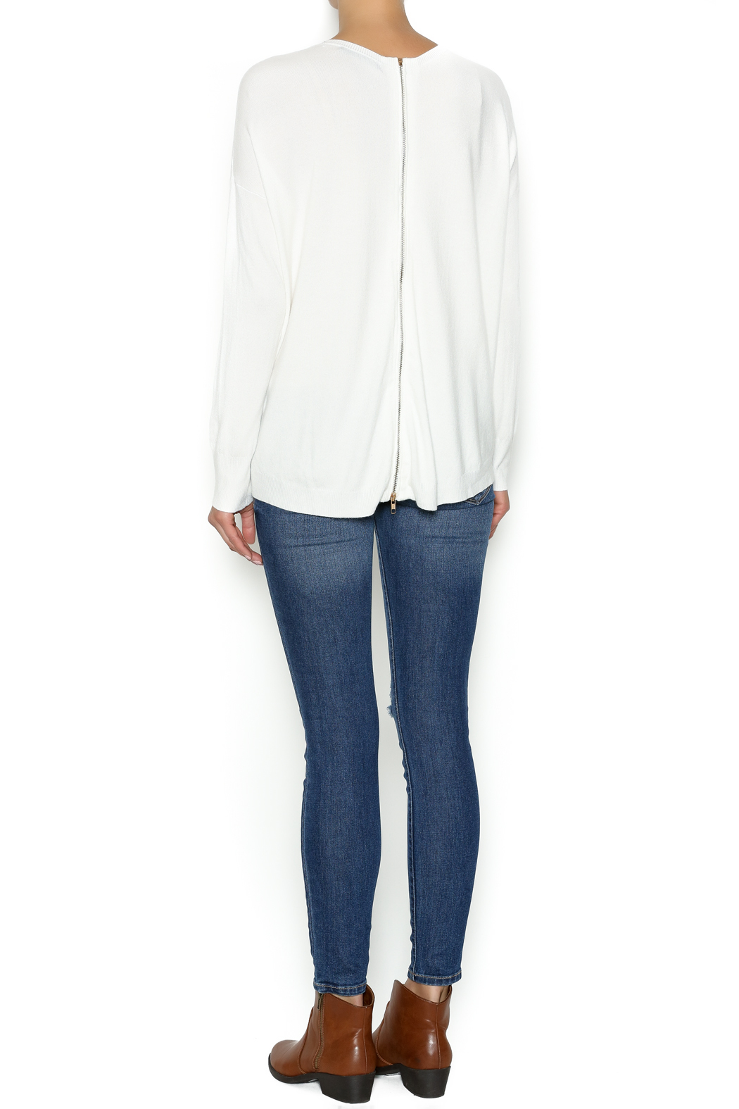 Olivaceous Ivory Soft Sweater - Side Cropped Image