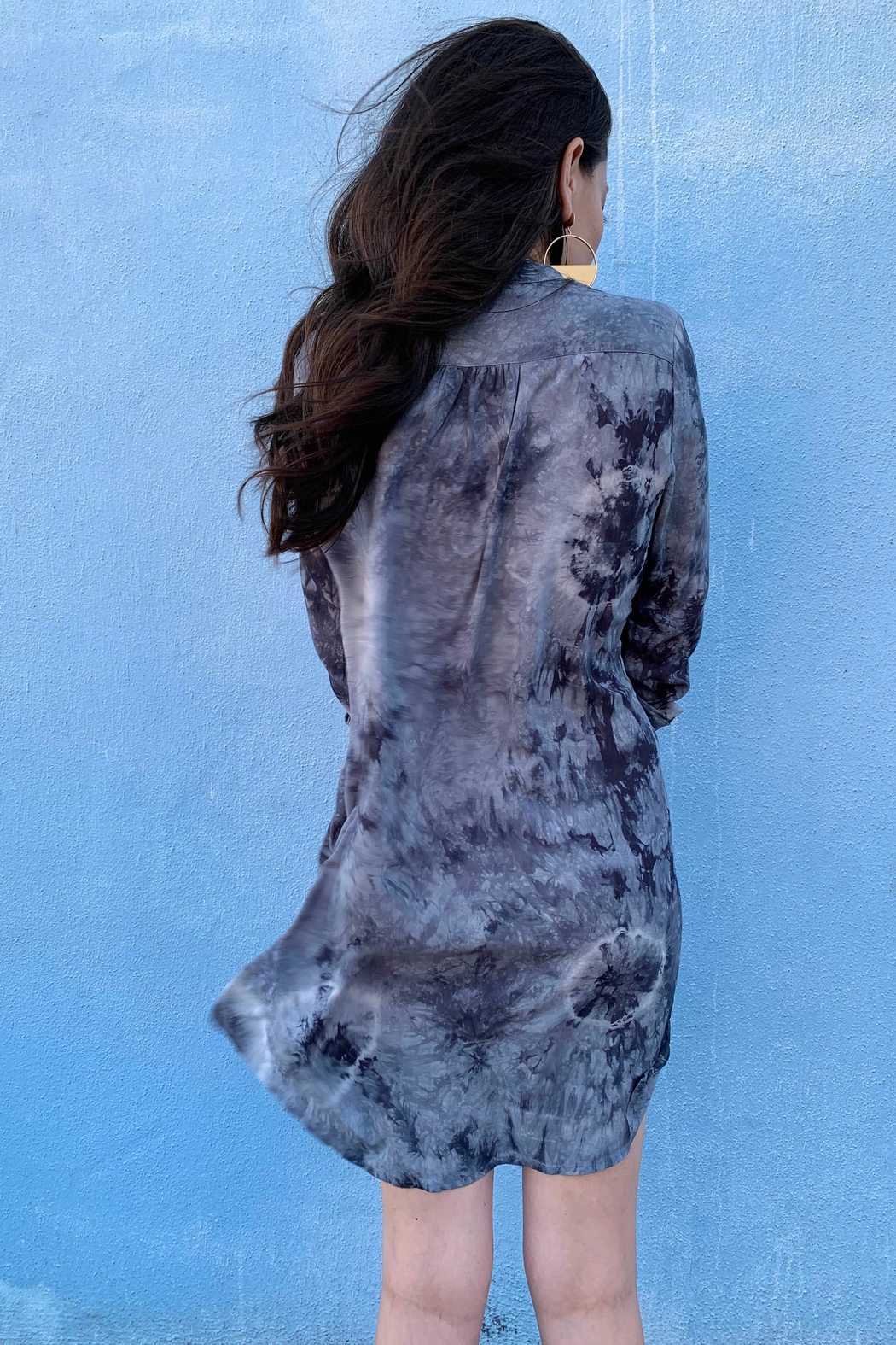 Olivaceous Tie Dye Tunic - Back Cropped Image