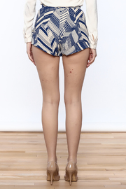 olivacious Graphic Print Shorts - Back cropped