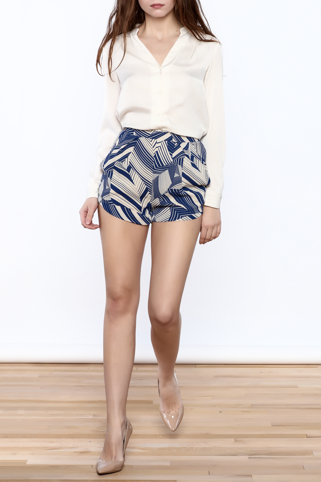 olivacious Graphic Print Shorts - Front Full Image