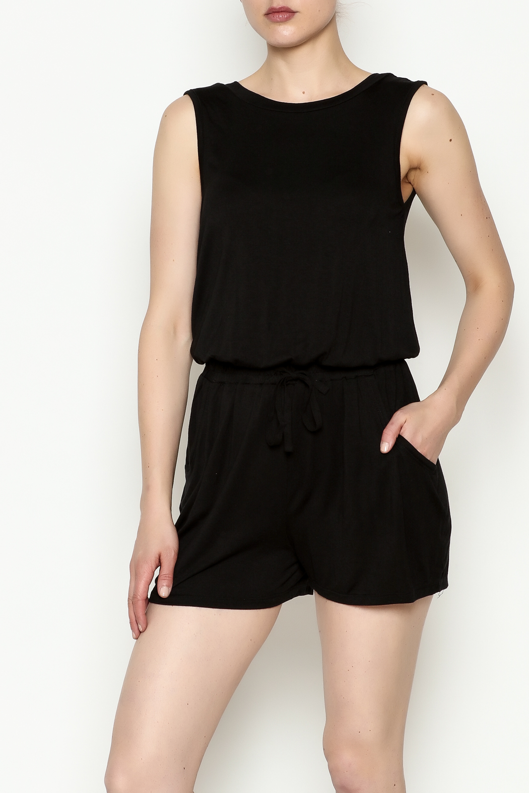 Olive & Oak Black Sleeveless Romper - Front Cropped Image