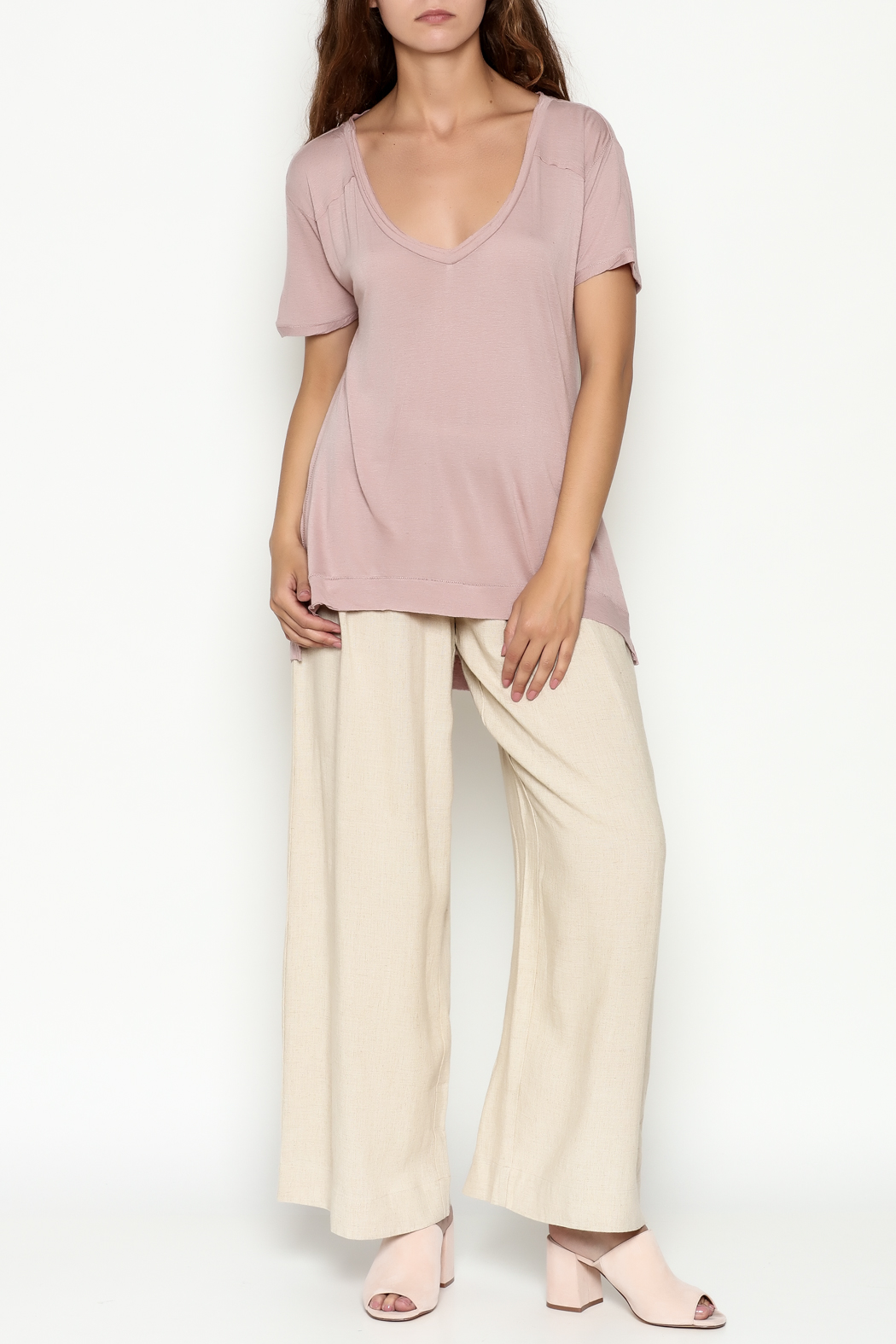 Olive & Oak Mauve V Neck Top - Side Cropped Image