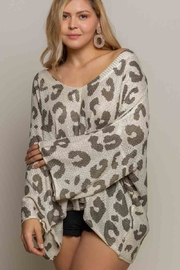 POL  V Neck Oversized Leopard Beauty - Product Mini Image