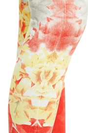 Nygard Ombréfloral Crop Jeans - Back cropped