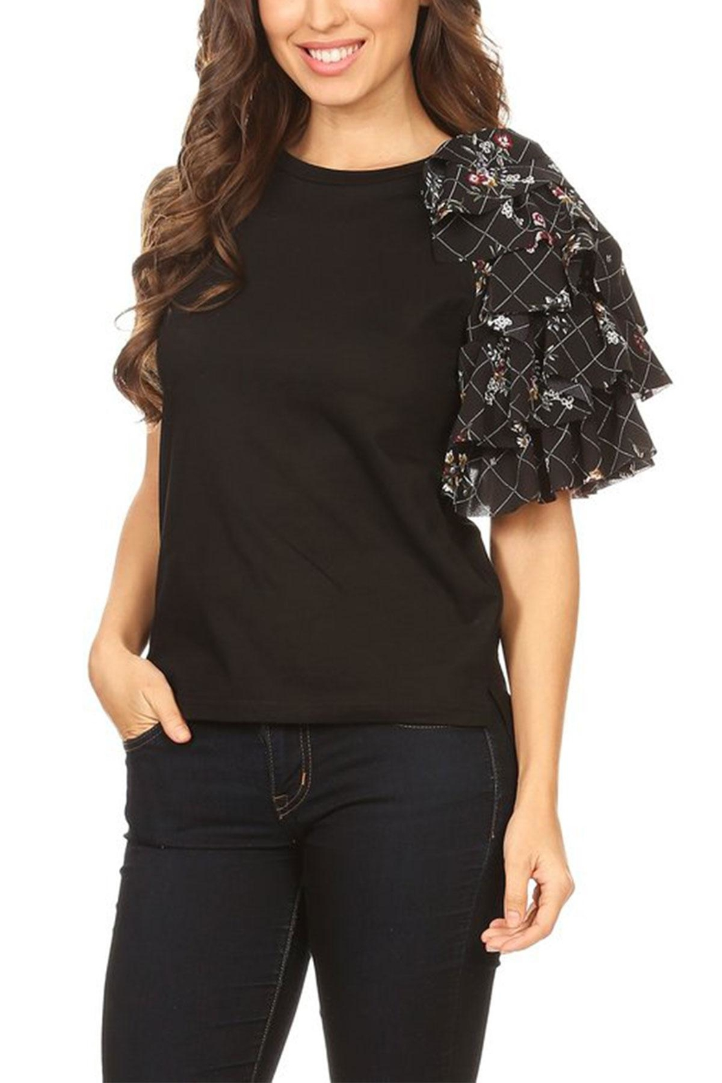 On Twelfth Side Ruffle Tee - Side Cropped Image