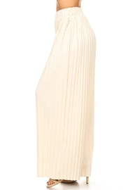 On Twelfth Wide Pleated Pant - Side cropped