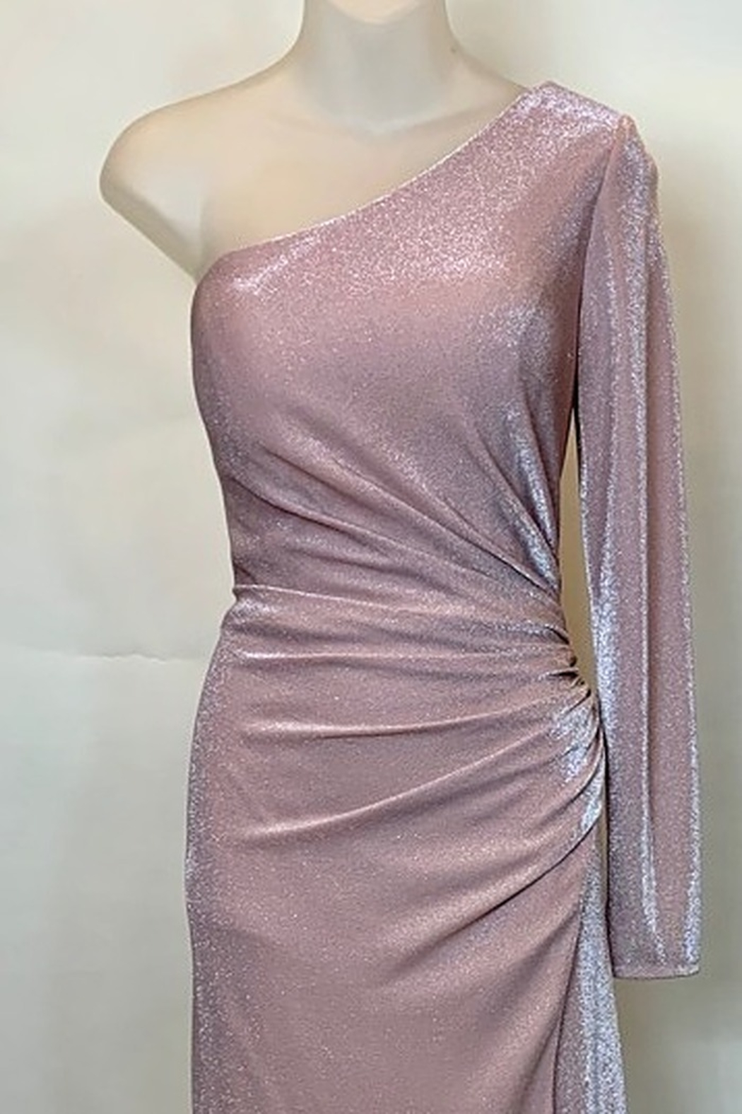 Mac Duggal ONE SHOULDER GOWN - Front Full Image