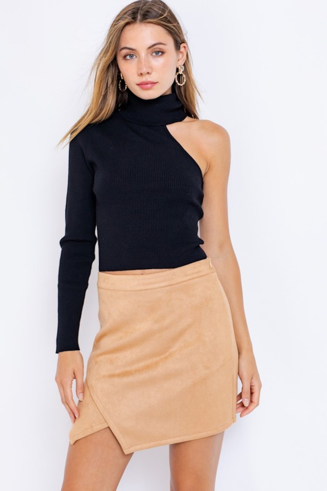 Le Lis One Sleeve Turtleneck Top - Main Image