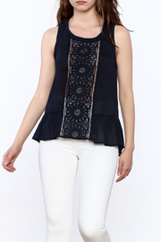 onetheland Navy Sleeveless Top - Front cropped
