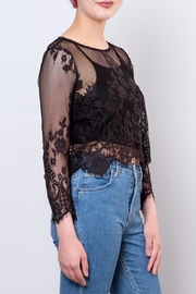 ONLY Cropped Lace Top - Front full body