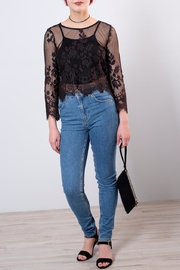 ONLY Cropped Lace Top - Back cropped