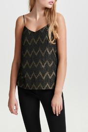 ONLY Jodie Chevron Top - Front cropped