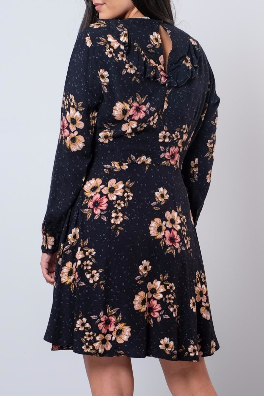 ONLY Ruffled Wrap Dress - Side Cropped Image